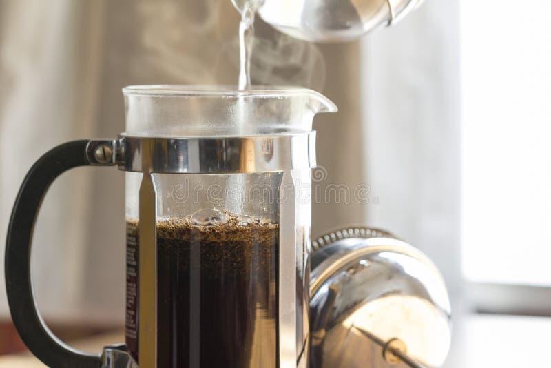 Kawowy piwowarstwo obrazy stock