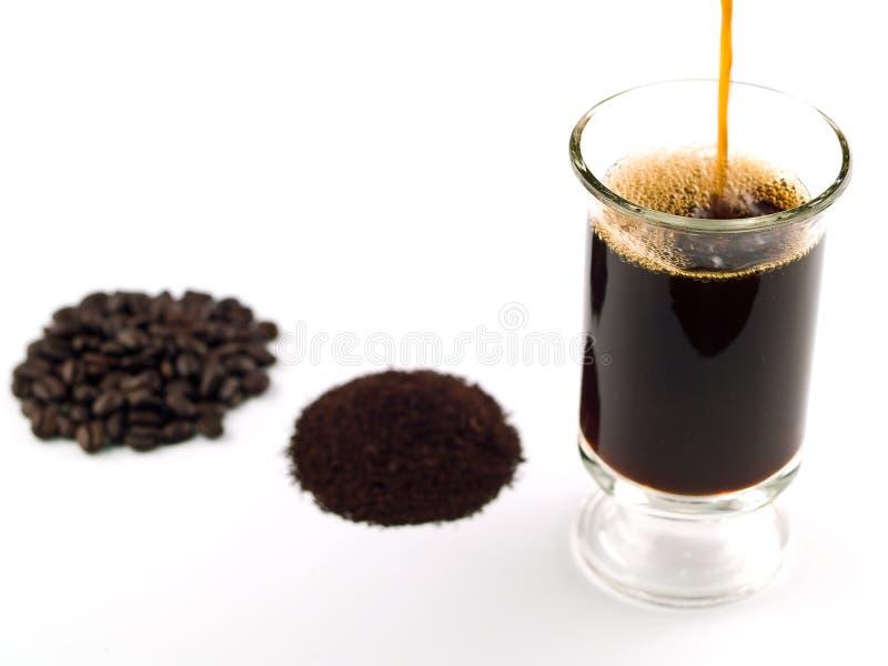 Kawowych Fasoli Kawowe Ziemie i Filiżanka Co zdjęcia stock