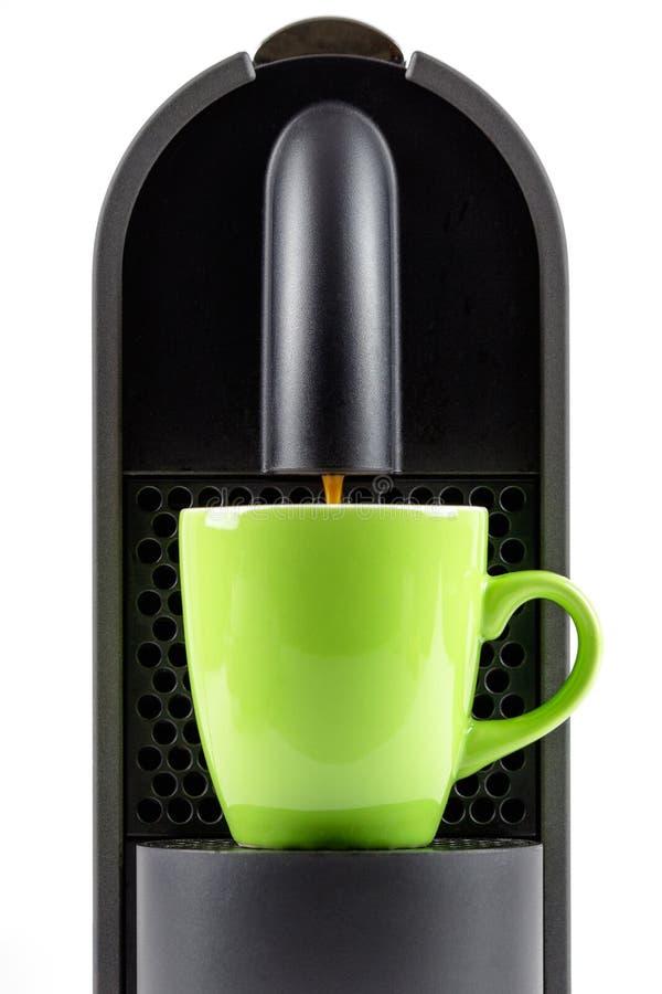 Kawy espresso maszyny zieleni kawy espresso filiżanki kawowy producent zdjęcie royalty free