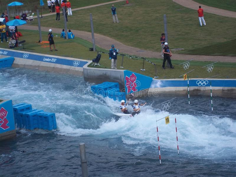 Kayak fahrender Wettbewerb bei London-Olympics 2012 lizenzfreies stockfoto