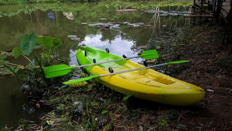 Kayak no canal fotos de stock