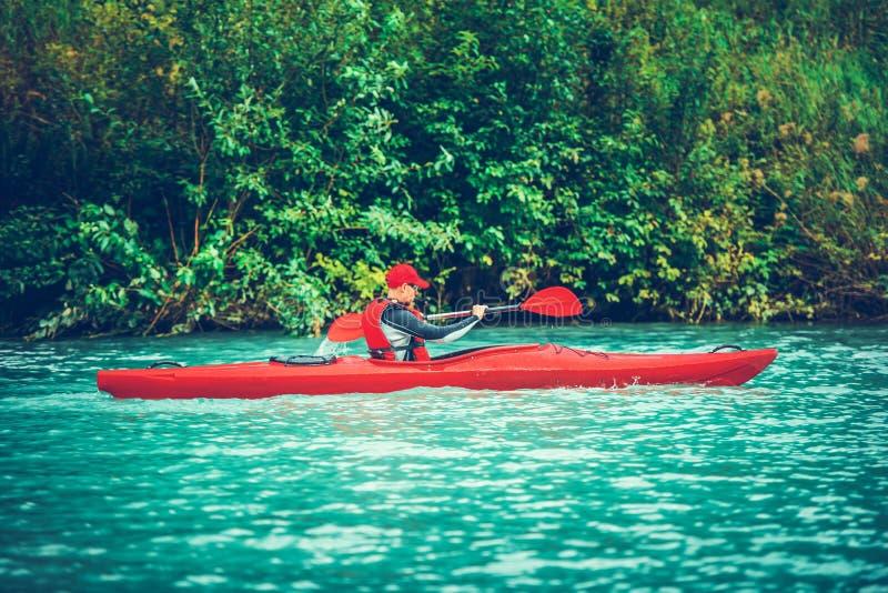 Kayak sul lago scenico immagini stock