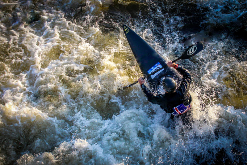 Kayaker au centre national de Watersports photo stock