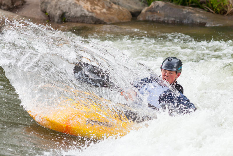 Kayaker de style libre images libres de droits