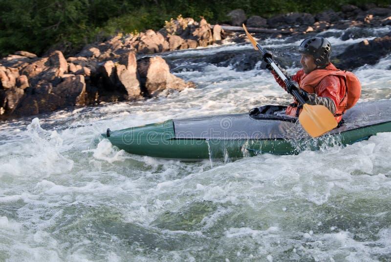 Kayaker w whitewater obraz stock