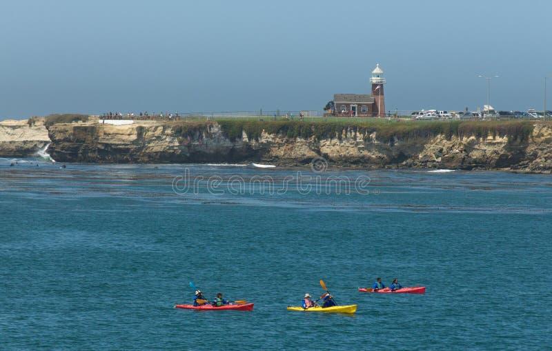 Kayakers en Santa Cruz photo libre de droits