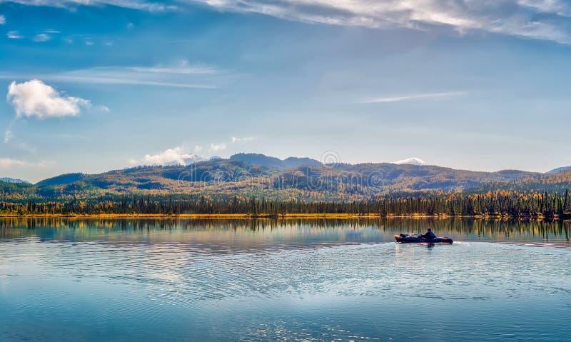 Kayaking στην Αλάσκα στοκ εικόνες