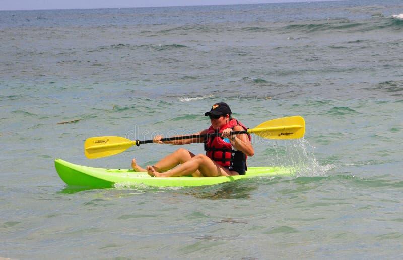 kayaking royaltyfria bilder