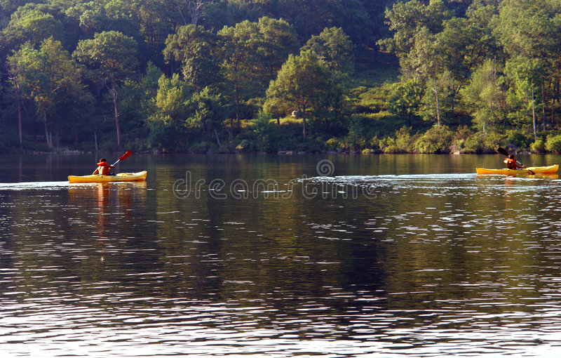 Kayaking images stock