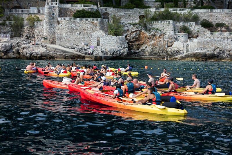 Kayaking dans Dubrovnik, la Croatie photographie stock libre de droits