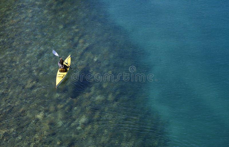 Kayaking dans le Patagonia images stock