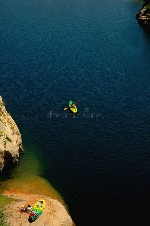Kayaking in Frankrijk royalty-vrije stock afbeelding