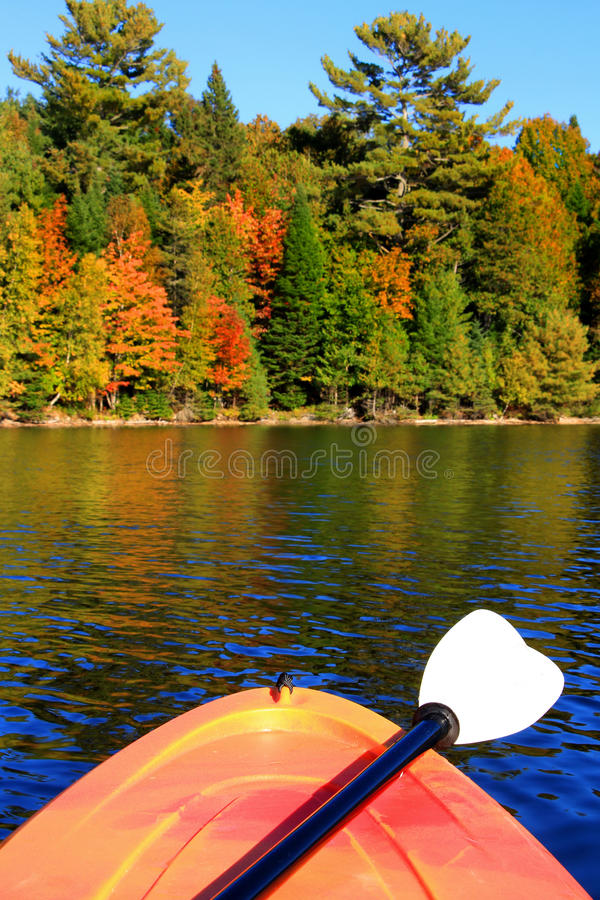Free Kayaking In Early Fall Stock Photo - 61042110