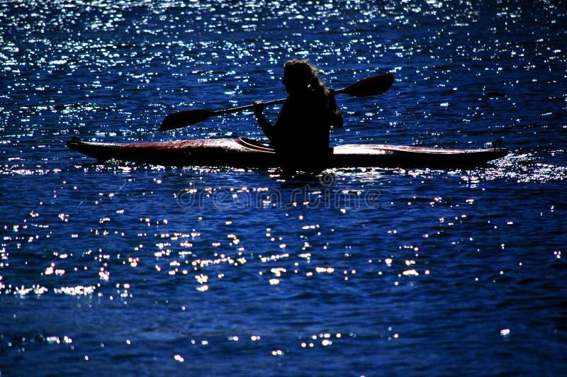 kayaking lake royaltyfria bilder