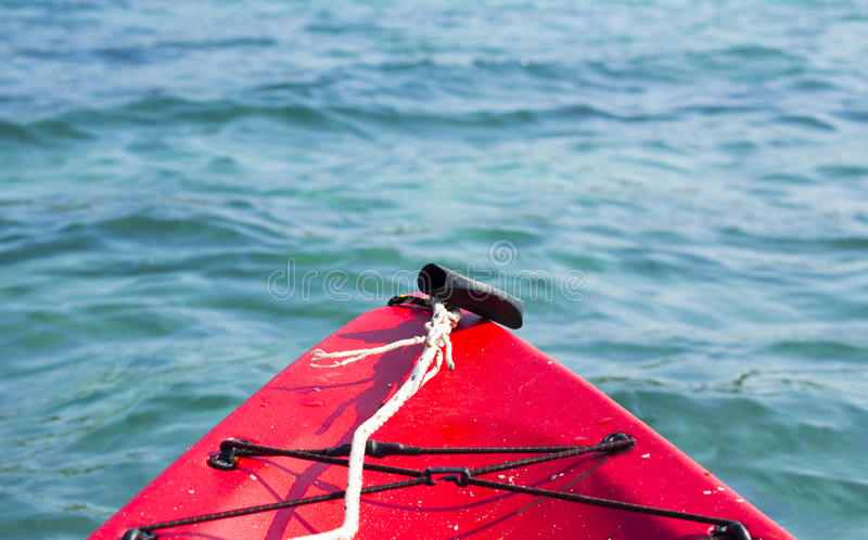 Kayaking Meer stockfotos