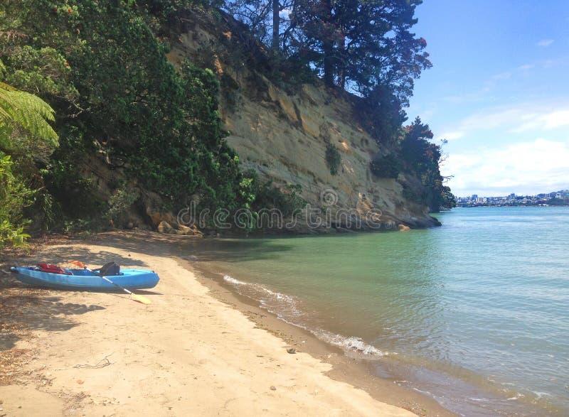 Kayaking in Neuseeland lizenzfreies stockfoto