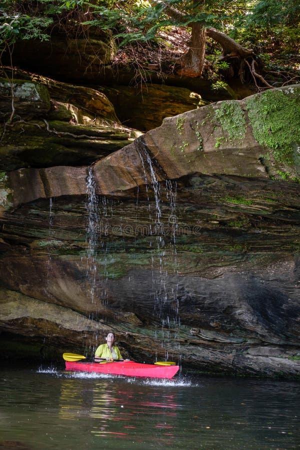 Kayaking op Grayson Lake royalty-vrije stock fotografie