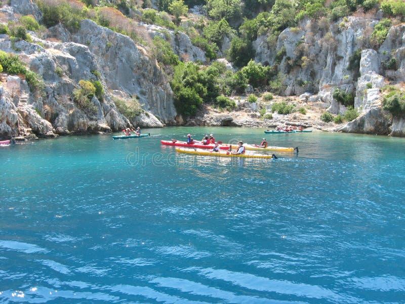 Kayaking på Kekova, Turkiet royaltyfri fotografi