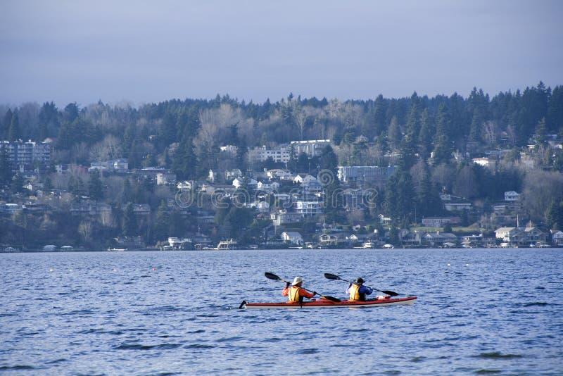 Kayaking sur le Lac Washington photos libres de droits