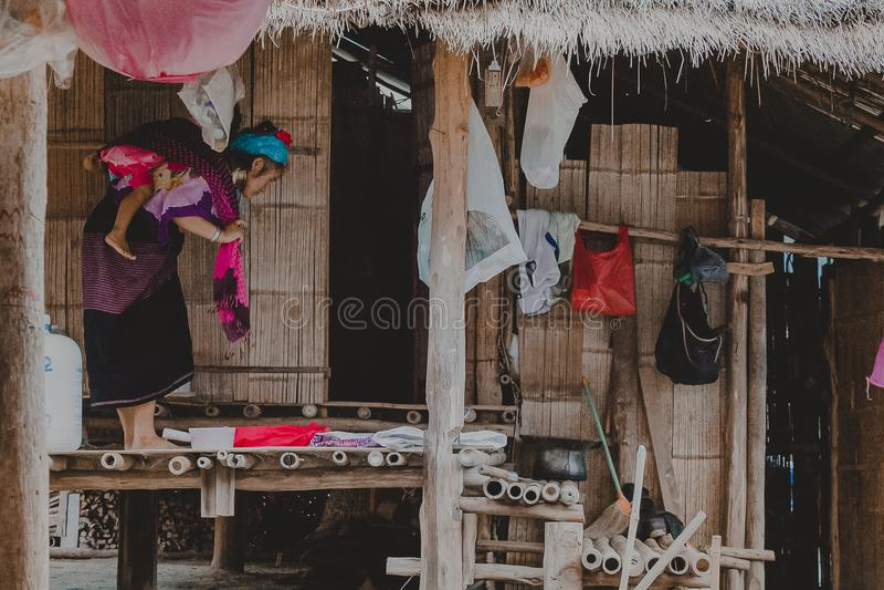 Kayan plemię, Kayan dama w Kayan wiosce, Kayah stan, Myanmar zdjęcia royalty free