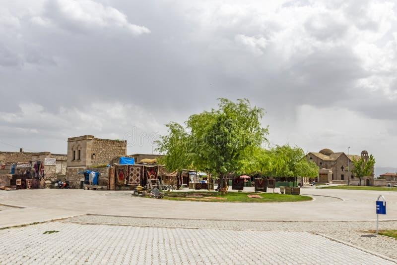 Kaymakli est ville de touristes dans Nevsehir Ciys souterrains situés dans Kaymakli La ville générale luttent photographie stock