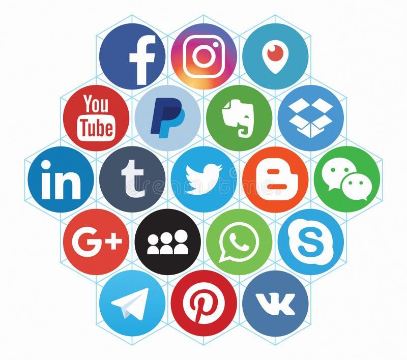 KAZ?N, RUSIA - 12 de abril de 2017: Colecci?n de logotipos sociales populares de los medios foto de archivo