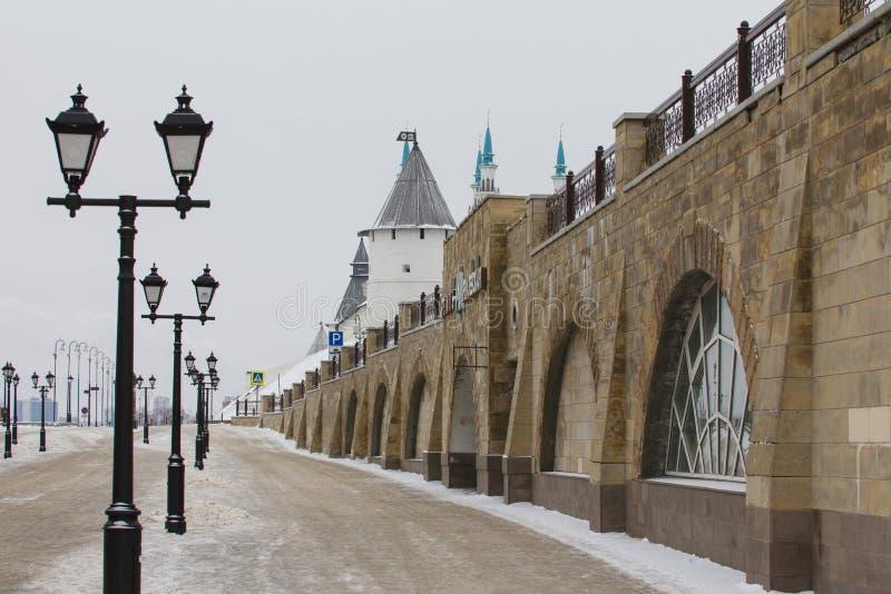 KAZÁN, RUSIA - 3 DE DICIEMBRE DE 2016: calle del baumana - estación de metro Kremlevskaya en la capital de Tartaristán fotografía de archivo libre de regalías