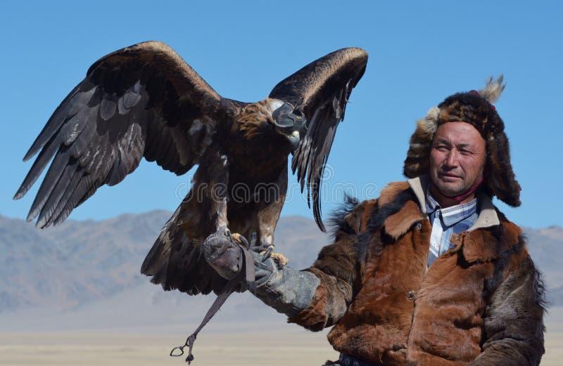 Kazakh Eagle Hunter 7 royaltyfria foton