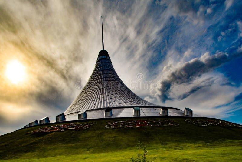 kazakhstan astana Köpcentrum`-Khan Shatyr `, fotografering för bildbyråer