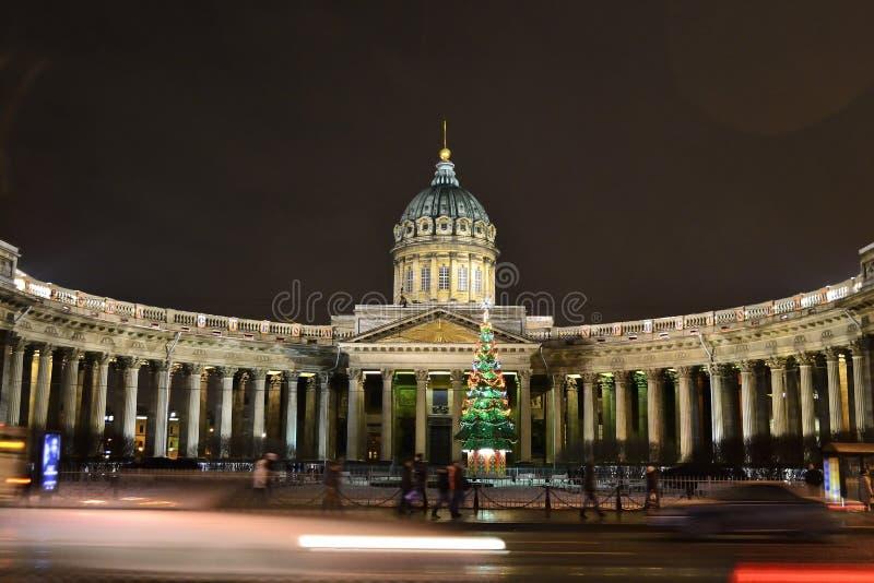 Download Kazan καθεδρικός ναός στη Αγία Πετρούπολη τή νύχτα Εκδοτική εικόνα - εικόνα από πετρούπολη, εκκλησία: 22790235