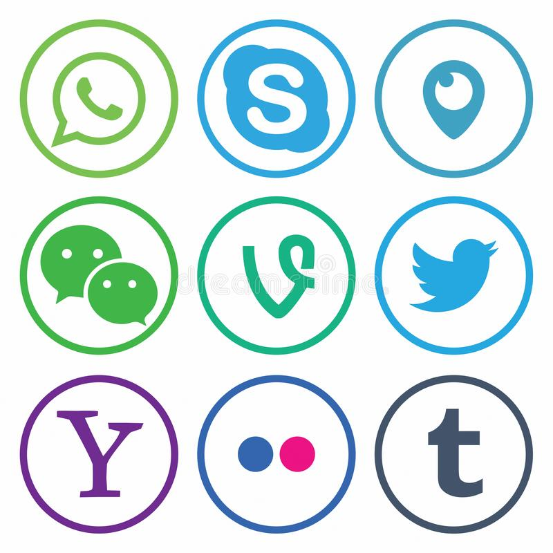 KAZAN  ΡΩΣΙΑ - 26 Οκτωβρίου  2017: Συλλογή των δημοφιλών κοινωνικών λογότυπων μέσων που τυπώνονται σε χαρτί διανυσματική απεικόνιση