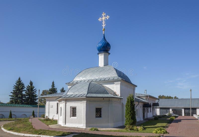 Kazan Kerk met het ziekenhuisafdelingen Moskovskayastraat, pereslavl-Zalessky, Yaroslavl-gebied Russische Federatie stock foto