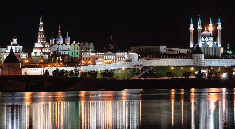 Kazan Kremlin em a noite fotografia de stock