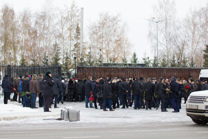 Kazan, Rosja, 17 2016 Listopad, formalni wydarzenia spotkania krewni rozbijał w katastrofie samolotu w lotnisku międzynarodowym p zdjęcie stock