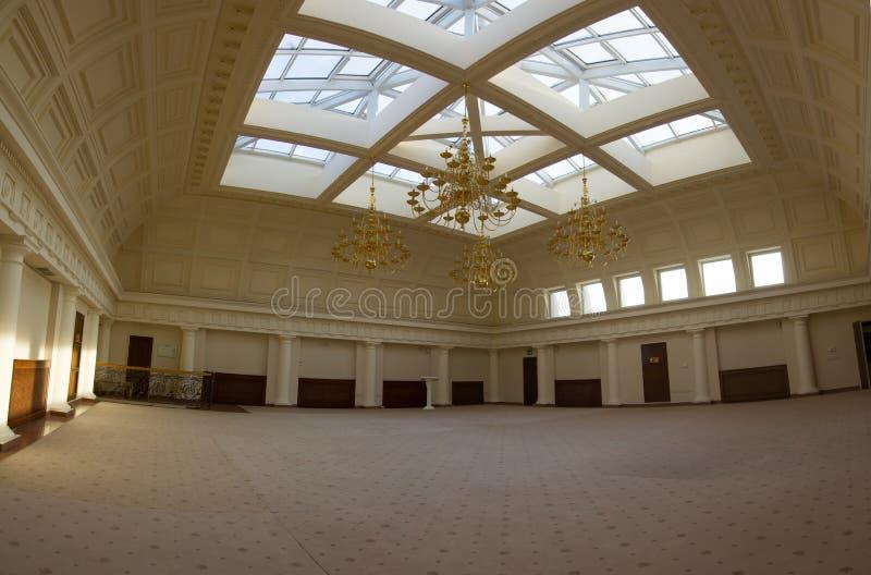 KAZAN, ROSJA turystyczny miejsce, luksusowy i piękny - pokój z szklanym sufitem - 16 2017 STYCZEŃ, urząd miasta - obrazy stock