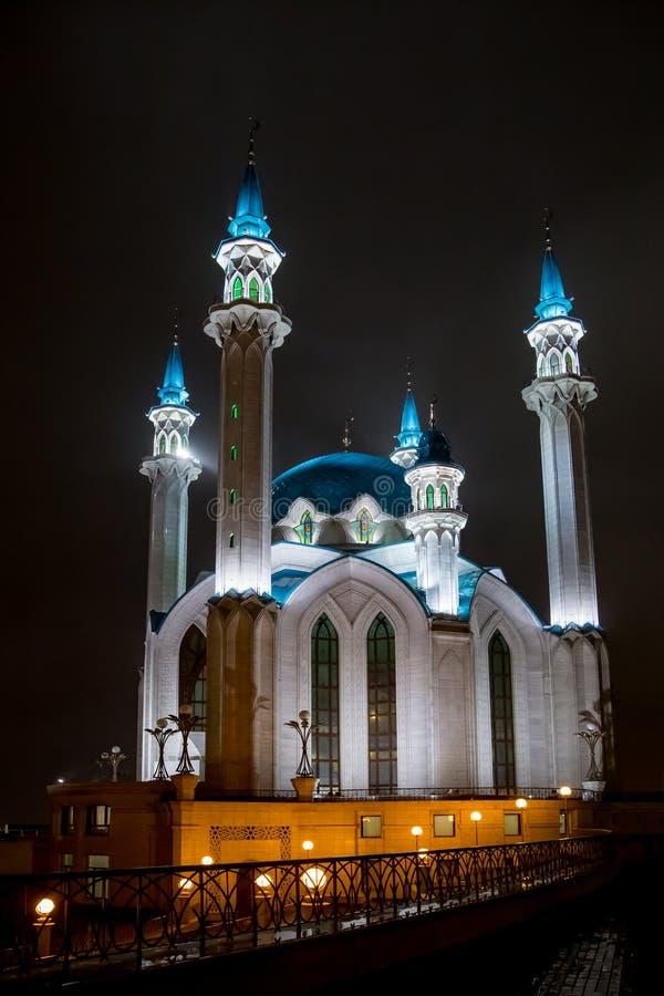 KAZAN, RUSLAND, de moskee van Kul Sharif bij nacht royalty-vrije stock foto's