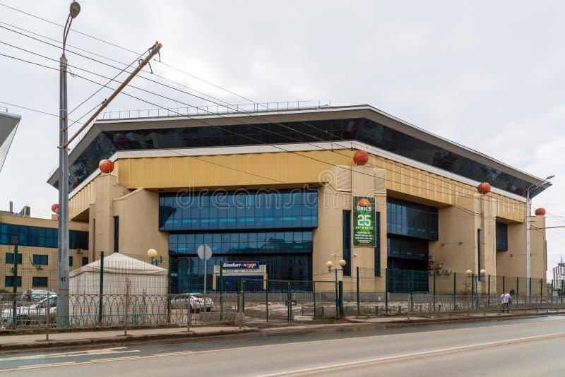 Kazan, Russia - 28 marzo 2017 Mette in mostra il Canestro-corridoio complesso sulla via di Spartakovskaya fotografia stock