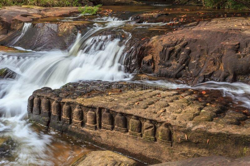 Kbal Spean vattenfall på Siem Reap Cambodja royaltyfri fotografi