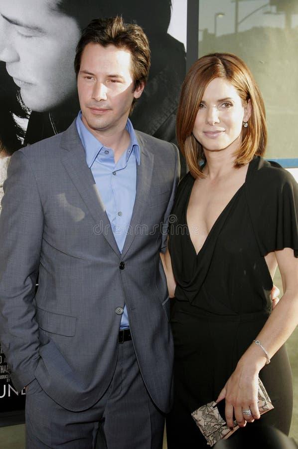 Keanu Reeves et Sandra Bullock photos stock