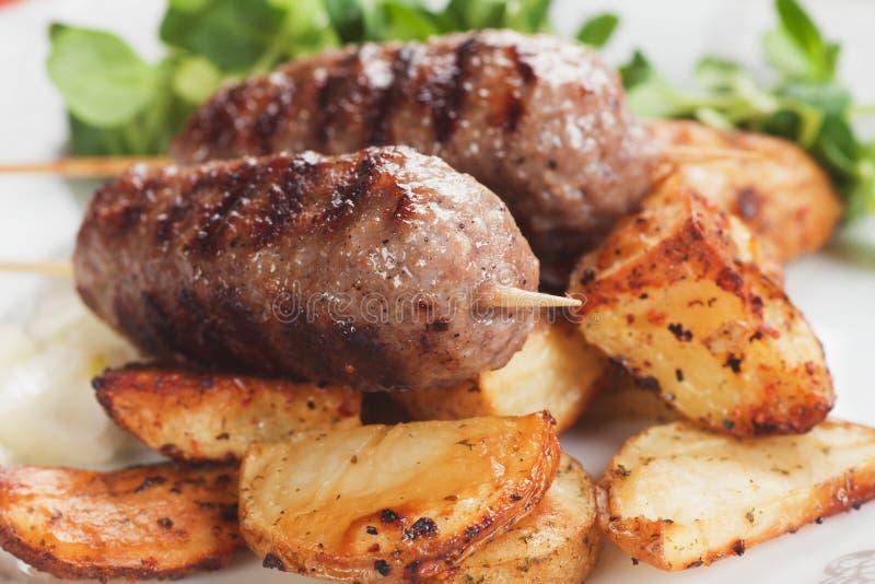Kebab, οβελίδιο κιμά στοκ εικόνες