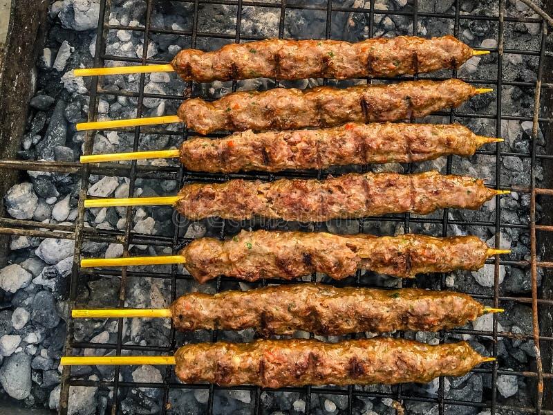 Kebab asado a la parilla foto de archivo