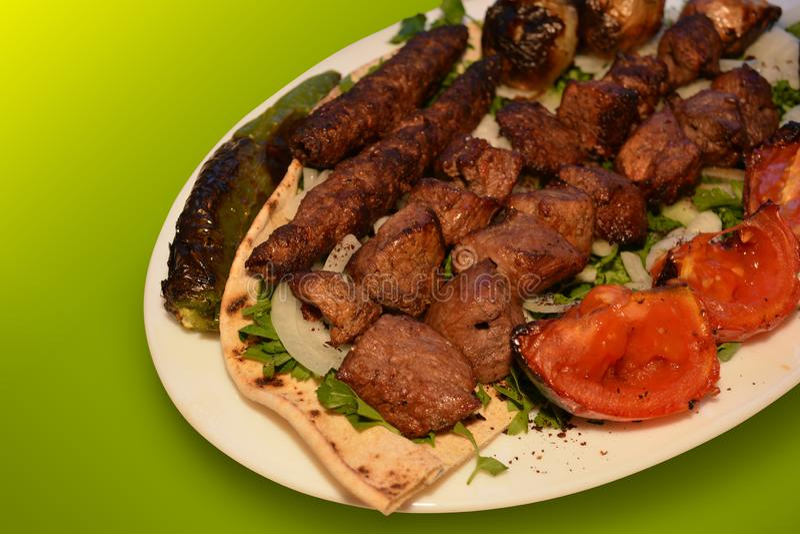 Kebab, fotografia del barbecue del manzo, foto del menu del ristorante fotografia stock