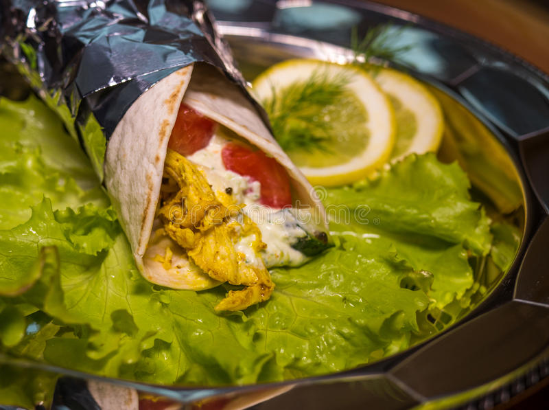 Kebab - geroosterde groenten met kerriekip royalty-vrije stock foto