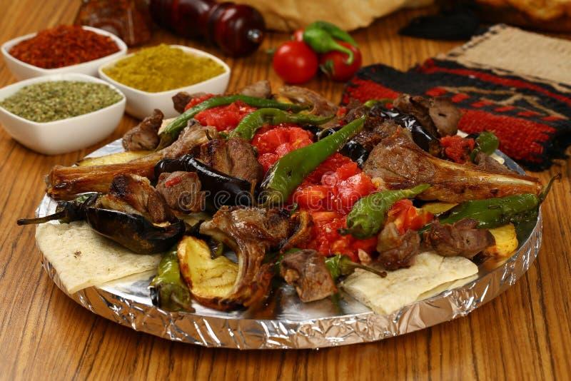 Kebab turco mezclado imagenes de archivo