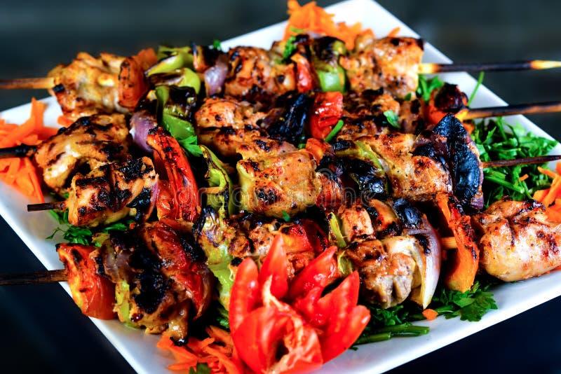 Kebabs зажарило стоковое фото
