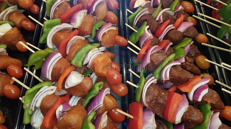 Kebabs цыпленка, свинины и говядины стоковое изображение rf