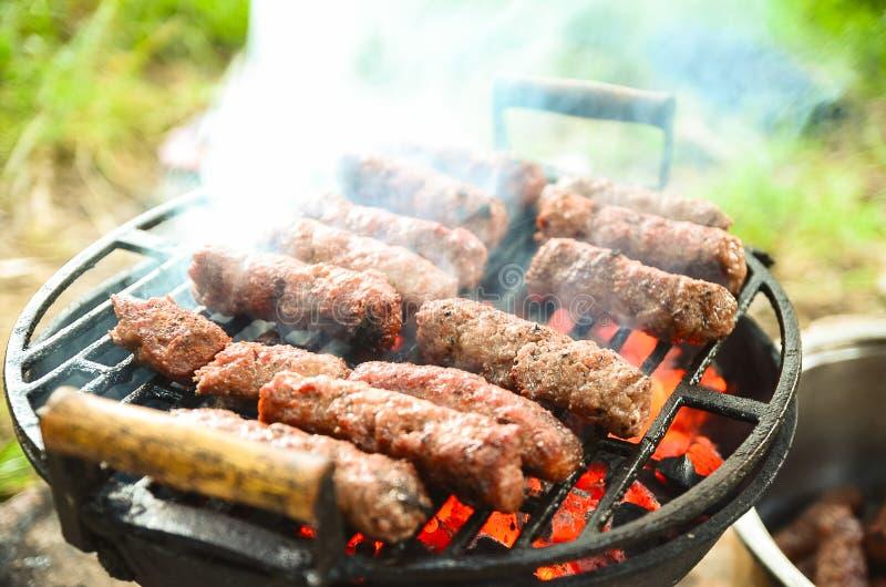 Kebabs de la barbacoa Cierre para arriba Concepto del alimento fotografía de archivo libre de regalías