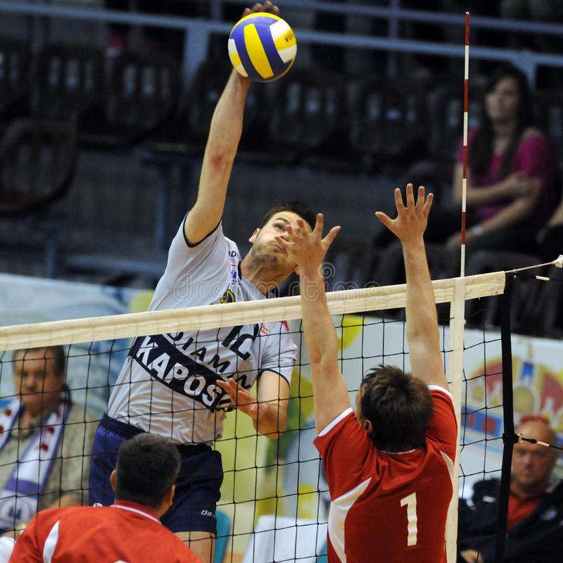 Kecskemet - Kaposvar Volleyballspiel stockfotos