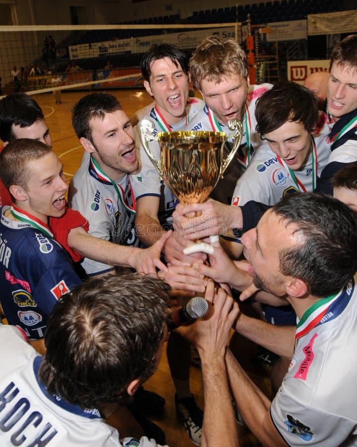 Kecskemet - Kaposvar Volleyballspiel lizenzfreie stockbilder