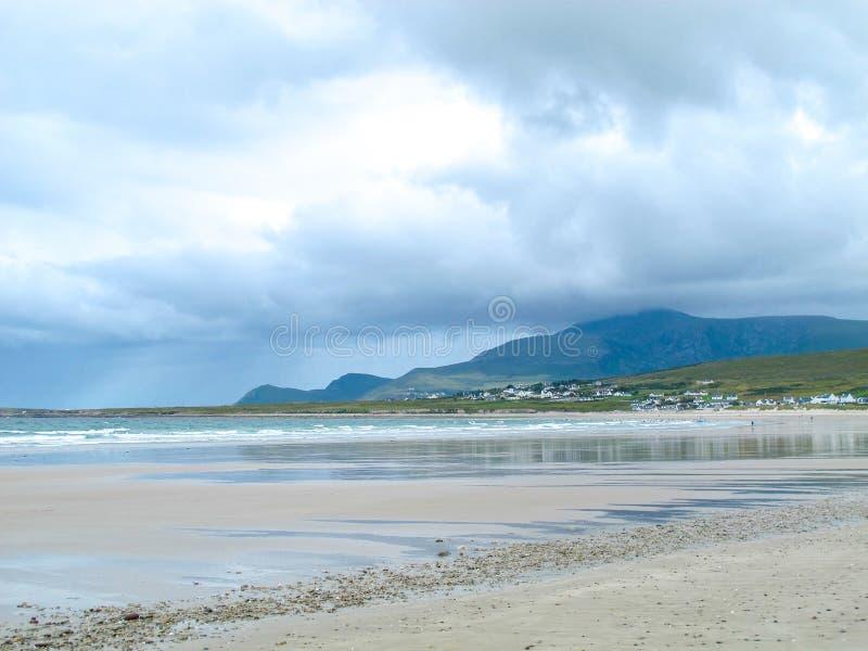 Keel Beach, Achill-Insel, Mayo, Irland lizenzfreie stockfotografie